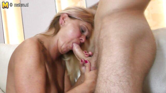 Porno gratis sin registro  POVLife - sexo español online ¡Britney Amber folla en cámara!