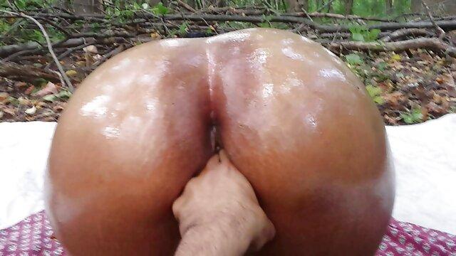 Porno sin registro  La tetona anime porno en español latino Mindy Jo en un trío de mierda