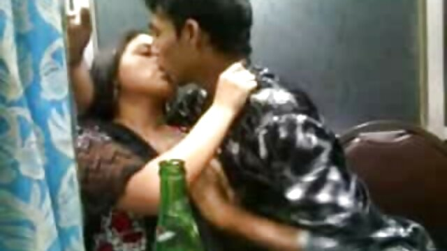 Porno gratis sin registro  ¡Las rubias con medias negras son tan buenas videos sexo audio latino para follar!