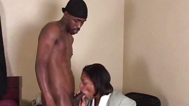 Porno gratis sin registro  Small tit wifey lo consigue con un semental sexo latino en español negro