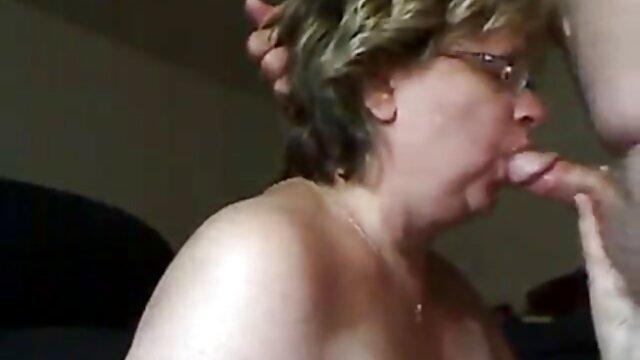 Porno gratis sin registro  MILF cornudo - esposa flaca follada en grupo por toros negros anime porno español latino