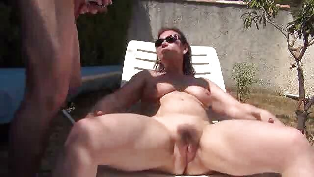 Porno gratis sin registro  Hottie negro recibe un creampie en sexo anal audio latino el coño!