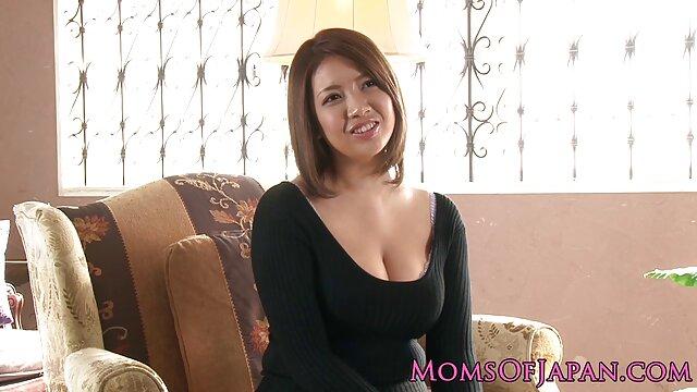 Porno gratis sin registro  Enorme consolador follando el anal en español latino coño de mi novia