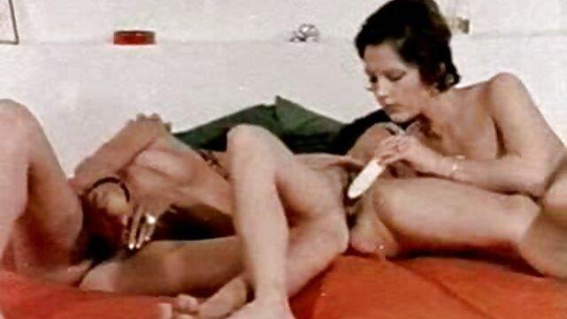 Porno gratis sin registro  MADURA DE TETAS ENORMES FOLLADA sexo completo en español POR UNA GRAN POLLA NEGRA
