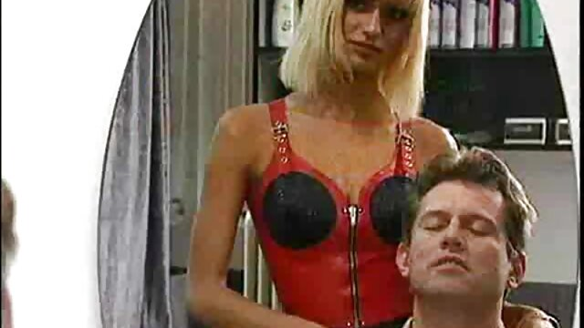 Porno gratis sin registro  Británica Nikki follada en un anime xxx en español latino trío FMM