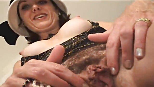 Porno gratis sin registro  Vacanze Di Capodanno - Scena 6 porno español latino hd