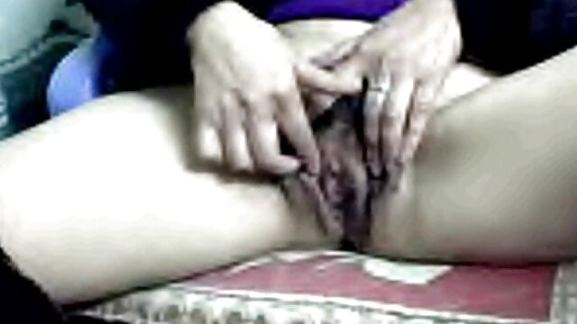 Porno gratis sin registro  CFNM femdoms burlándose de anime xxx en español latino pequeñas varillas