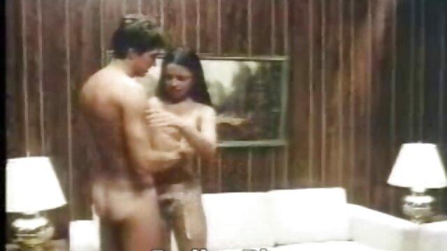 Porno gratis sin registro  Diversión lésbica 04 sexo anal audio latino en HD