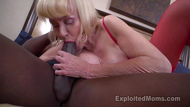 Porno gratis sin registro  4K HD sexo en audio latino - Tiny4K Pequeña adolescente rubia follada por una enorme polla