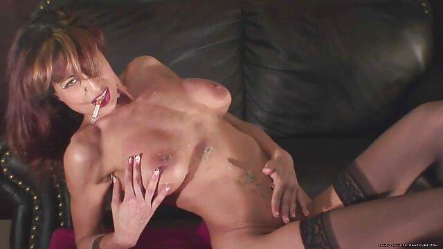 Porno gratis sin registro  Papa - Nena de pechos pequeños chupa videos sexo audio latino y folla