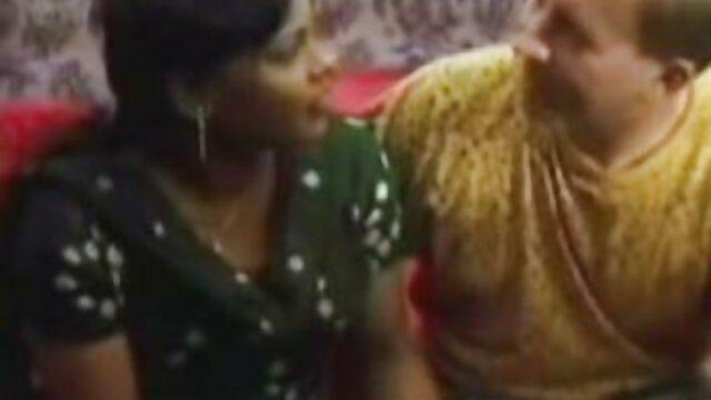 Porno gratis sin registro  Extraños sexo en audio latino se divierten con dos hermosas mujeres en el tren
