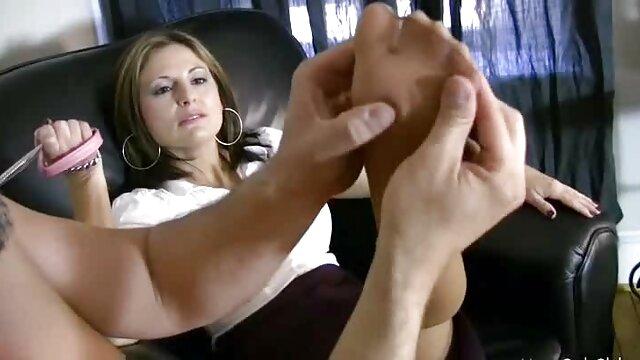 Porno gratis sin registro  compartiendo a mi videos de sexo español latino esposa
