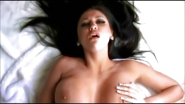 Porno gratis sin registro  2 tgirls calientes chupando y videos xxx gratis latinos provocando