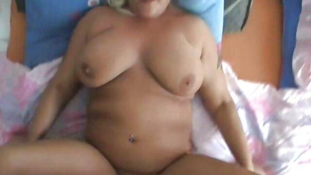 Porno gratis sin registro  La abuela masturbarse peludo COÑO uso sexo latino en español consolador y pepino