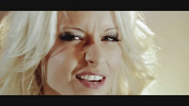 Porno gratis sin registro  Kotomi adolescente asiático da mamadas en un videos de sexo español latino trío