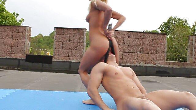 Porno gratis sin registro  Linda adolescente de ébano kandee sexo xxx español latino folla